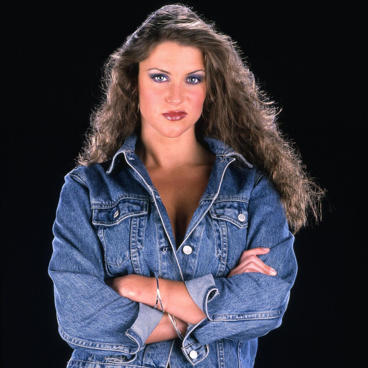 Sexy Photos Of Stephanie Mcmahon