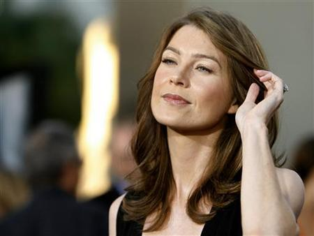 Ellen Pompeo attends a Hollywood premiere in 2007.