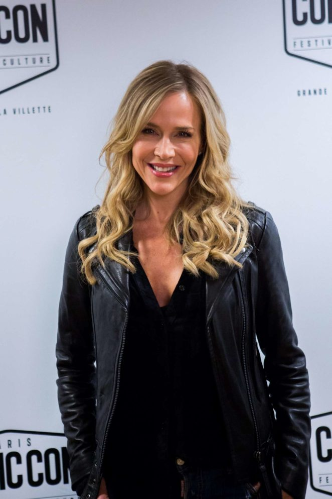 Julie Benz – Comic Con Festival 2017 in Paris