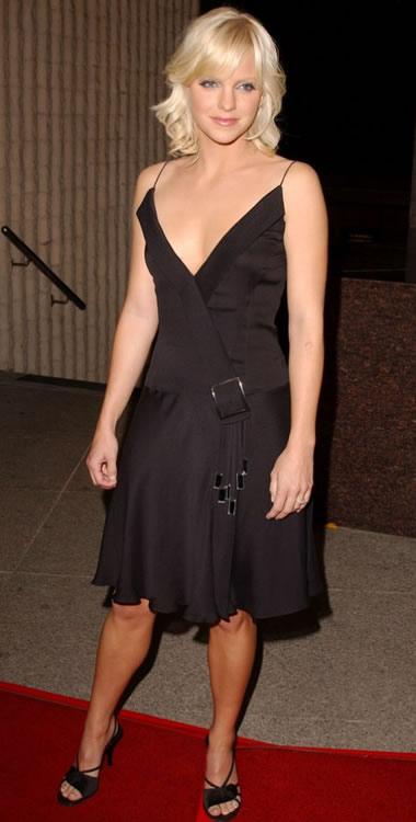 Anna Faris 2003