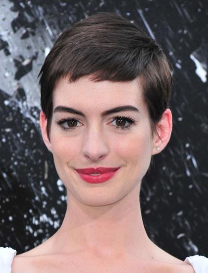 Anne Hathaway 2012