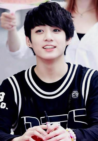 Jungkook in 2013 debut in BTS